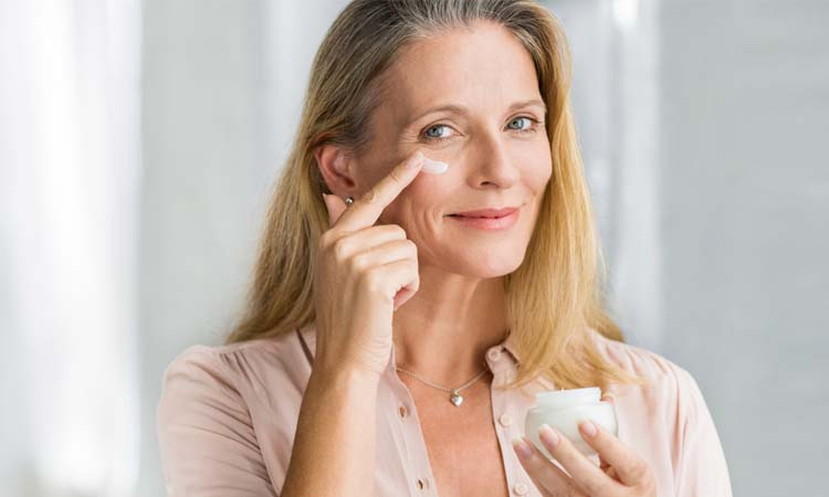 20 Best Eye Creams, According To Dermatologists