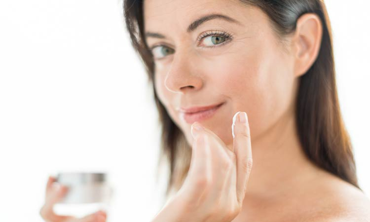 21 Best Wrinkle Creams (Top Anti-Aging Serum, Lotion & Moisturizer), According to Dermatologists